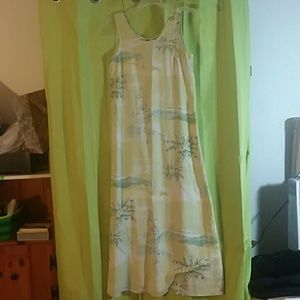 Tommy Bahama tropical dress. Greens yellow palmtre